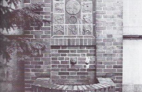 Tierkreiszeichen-Brunnen